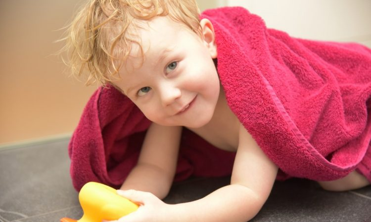 Ist Das Kind Glücklich, Sind Es Die Eltern Auch: Im Bad Ist Eine Fußbodentemperierung Ideal, Denn Sie Unterstützt Die Gesundheit Der Familie Und Sorgt Für Behaglichkeit.