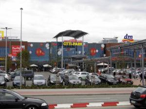 Über 2000 kostenlose Kundenparkplätze ermöglichen entspannte Einkaufserlebnisse. (Foto: Citti-Park)