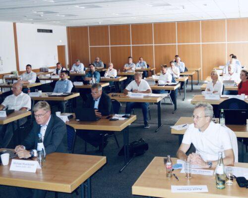 Voller Saal Bei Der Mitgliederversammlung Des BVF E.V.