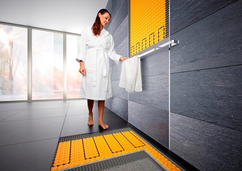 Schlüter®-DITRA-HEAT-E ermöglicht das schnelle und gezielte Aufheizen von Boden- und Wandbelägen. Die Heizkabel werden dabei in einer Entkopplungsmatte verlegt – die Variante DITRA-HEAT-DUO sorgt darüber hinaus noch für eine deutliche Reduzierung der Trittschallübertragung.